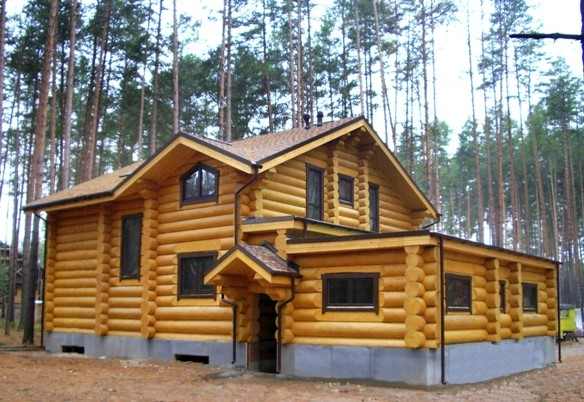 Возведение домов и бань из сибирской лиственницы